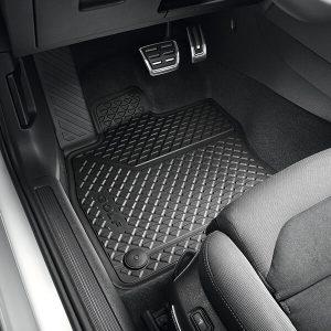 Volkswagen Golf pisos delanteros